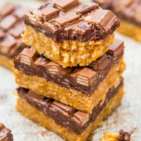 Chocolate Peanut Butter Kit Kat Crunch Bars