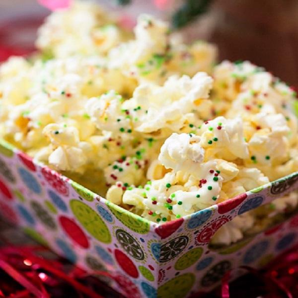 White Chocolate Christmas Popcorn