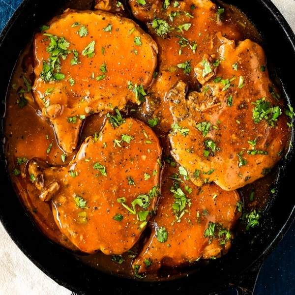Slow Cooker Beer Pork Chops