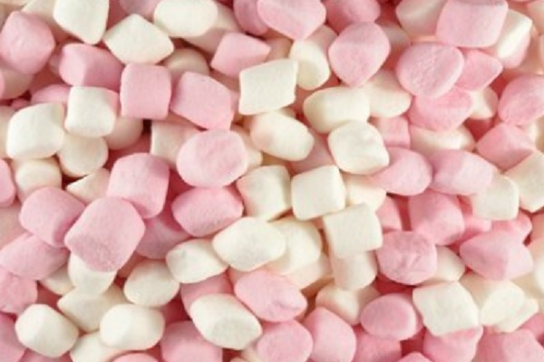 Ten Recipes for Food and Drinks You Can Make With Mini Marshmallows