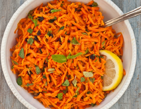 Grated Carrot and Mint Salad