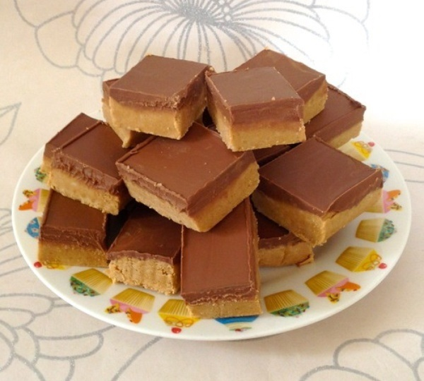 Digestive Biscuit & Peanut Butter Chocolate Squares