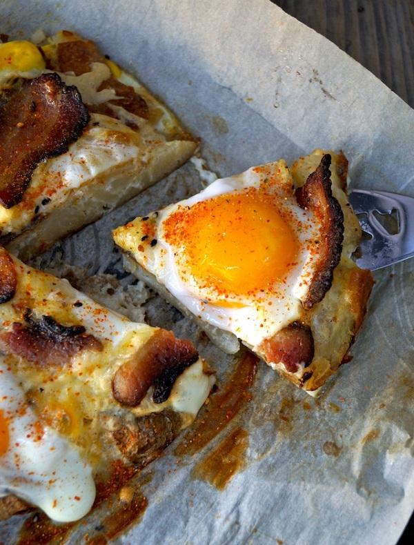 Breakfast Bacon and Eggs Smashed Potato Pizza