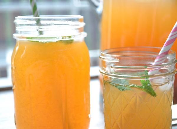 Apricot Lemonade