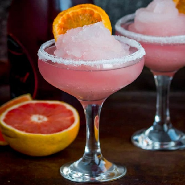 Pink Grapefruit & Prosecco Frozen Cocktail