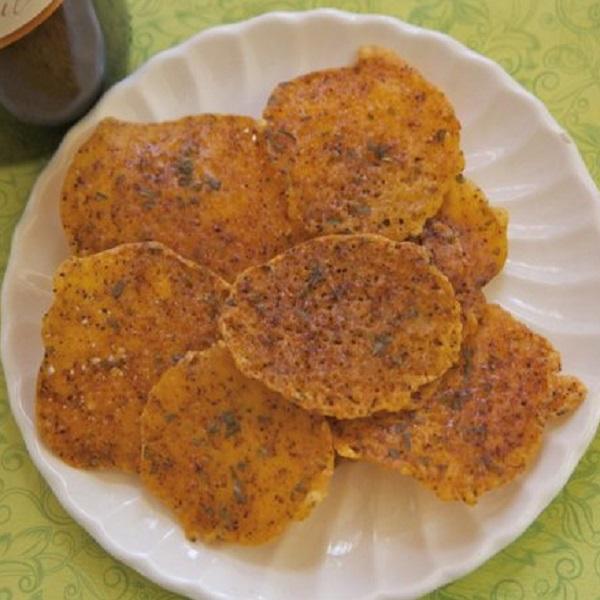 Homemade Chili Cheese Crisps (Chips)