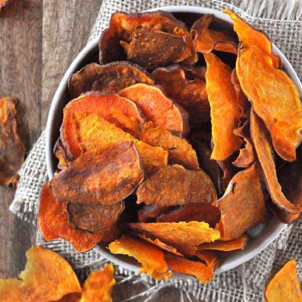 Baked Sweet Potato Crisps (Chips)