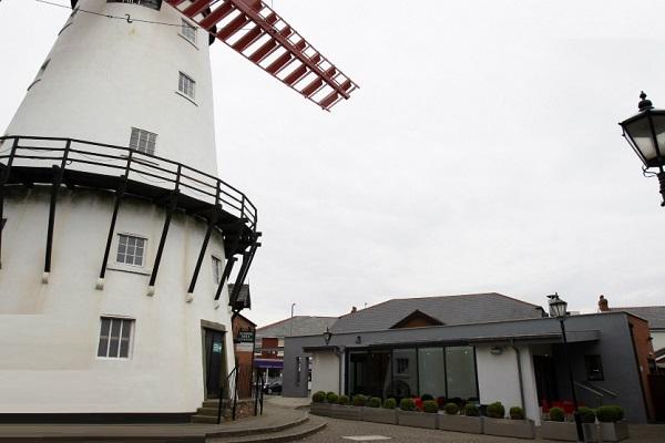 Twelve Restaurant and Lounge Bar, Fleetwood Road North, Thornton-Cleveleys