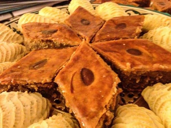 Traditional Azerbaijani Azeri Pakhlava (Almond-cardamom Baklava)