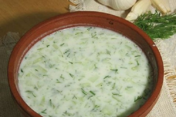 Traditional Kosovan Tarator (Cold Cucumber Soup)