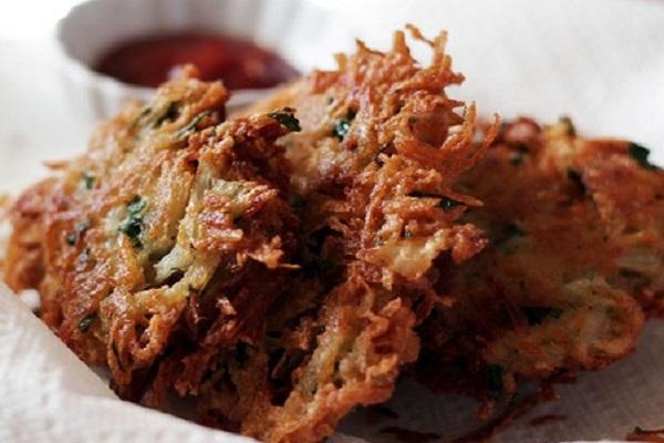 Traditional Luxembourg Gromperekichelcher (Crispy Potato Fritters)