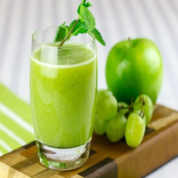 Apple and Green Grape Juice
