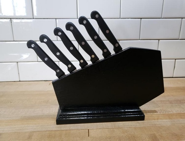 Coffin Steak Knife Block by SirWilliamWPipes