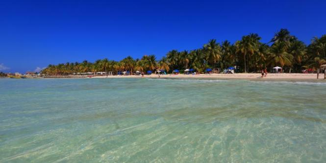 stranden playa norte beach - TOP 10 MOST BEAUTIFUL BEACHES OF THE WORLD
