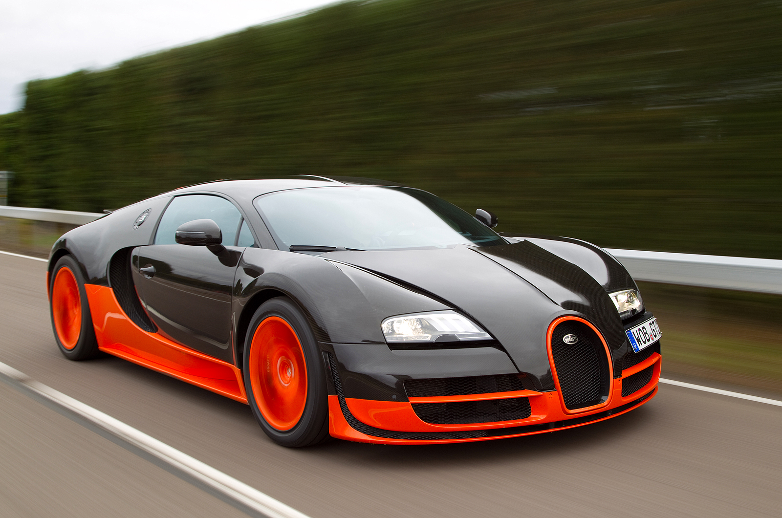 top 10 super fastest cars in the world - Coolest Cars In The World 2015