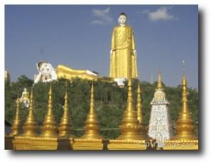 8. Estatua Buda Monywa