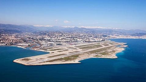 Aeropuerto de la Costa Azul