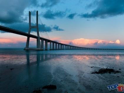 Puente Vasco de Gama