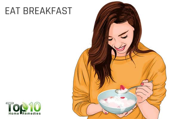 eat breakfast to beat tiredness and increase energy levels