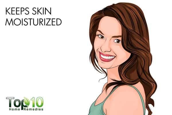 olive oil keeps skin moisturized