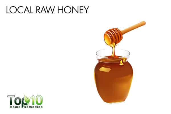 local raw honey to prevent allergy attack