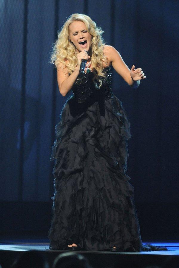 Model Carrie Underwood wallpapers (6465)