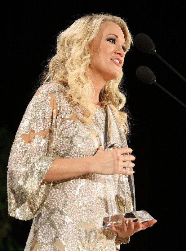 Model Carrie Underwood wallpapers (6470)