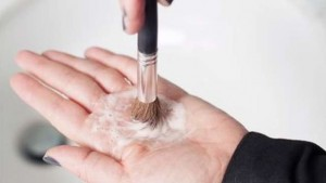 Cleaning Heavily Dirty Brush