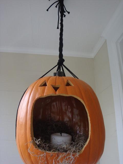 Pumpkin design image 14 20 DIY Pumpkins Carving and Decor Ideas for Halloween