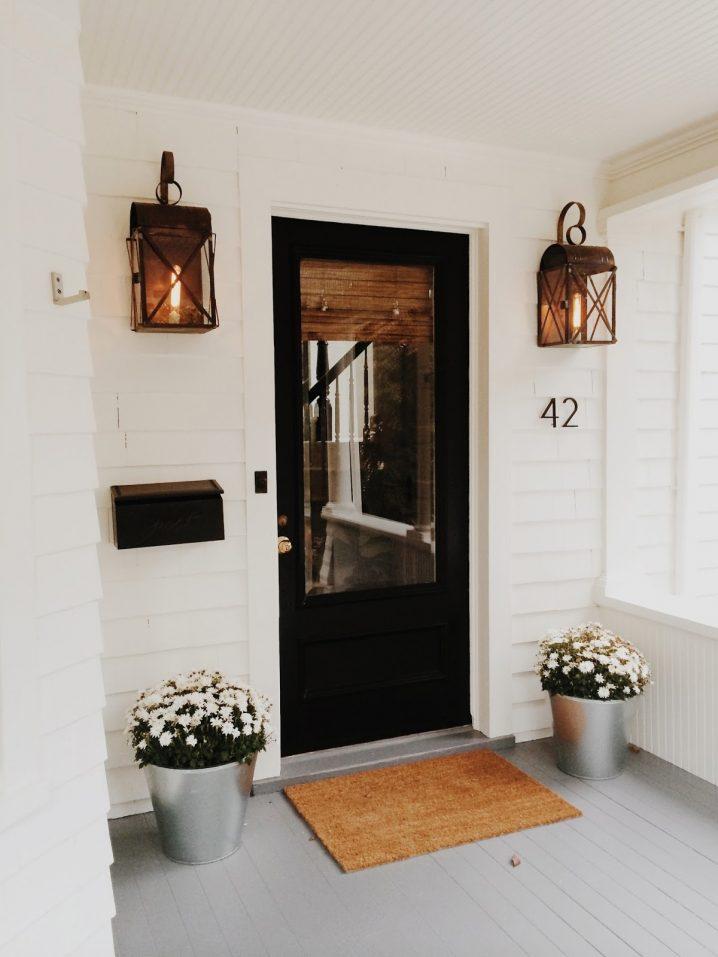 Lights Front Porch