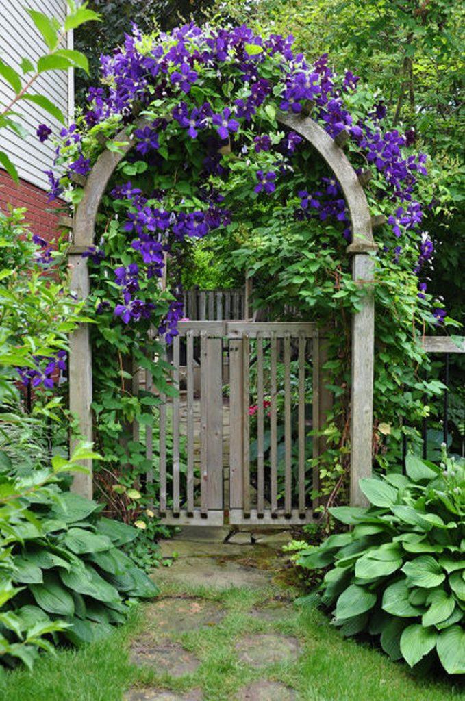 17 Creative Garden Gates That Make A Great Entrance on Backyard Patio Landscaping id=50224