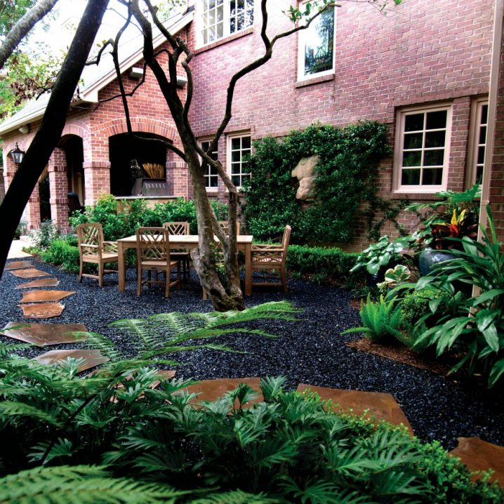 How To Beautify Your Yard With Black Pebbles on Backyard Pebbles Design id=93113
