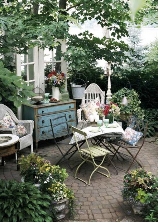 Stunning Country Garden Decorations That Are Worth Your Time on Country Patio Ideas id=68643