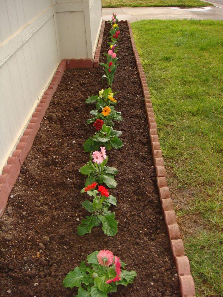 15 Impressive Small Flower Garden Ideas on Outdoor Backyard Designs id=60127