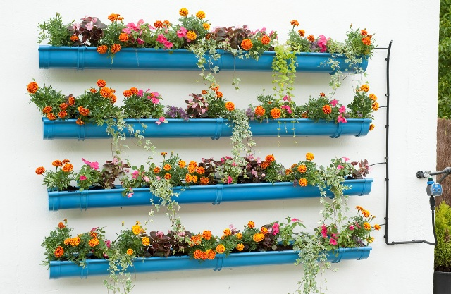 Fascinating Gutter Gardens You Can Make Easily