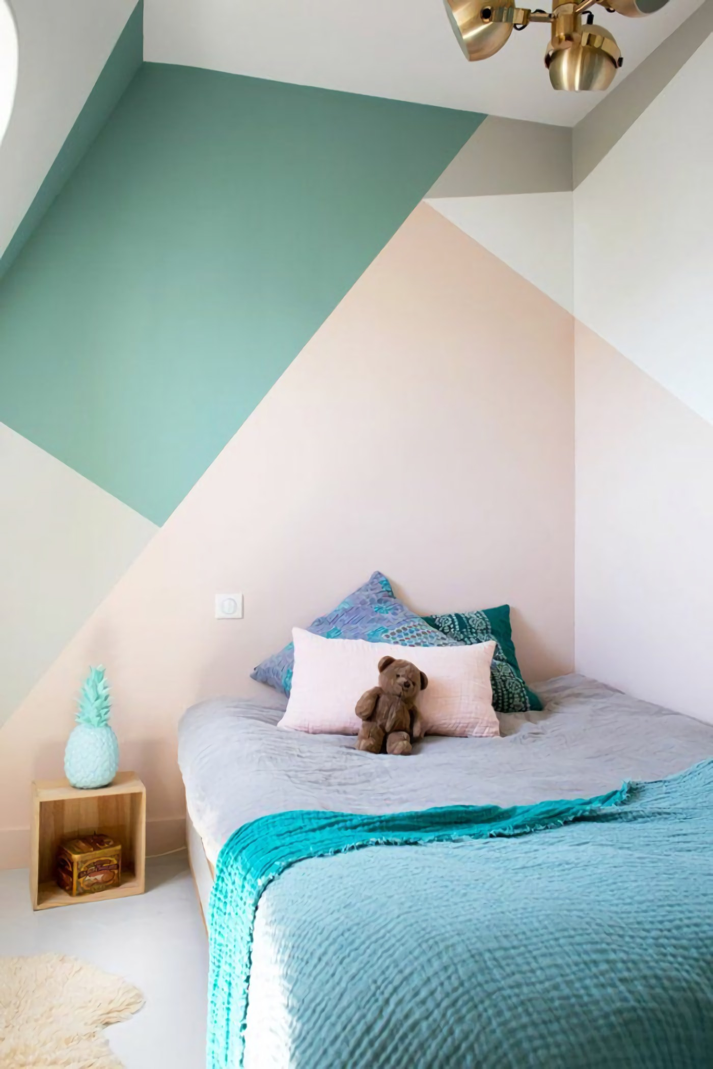 Pastel Color Bedroom Will Make Your Little Girl Feel Like ... on Teenage:rfnoincytf8= Room Designs  id=44696