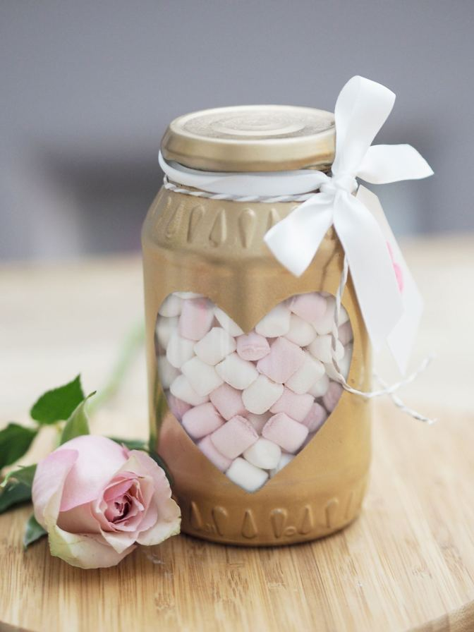 Easy DIY Valentines Day Gifts That Any Girl Would Fall For