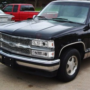 Chevy 2500 Pickup 19941998 Chrome Mesh Grille and