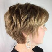 Short Haircuts For Older Women 2