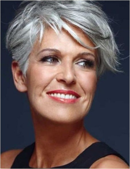 Short Haircuts For Older Women Haircuts Hairstyles 2018