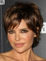 Short Haircuts For Older Women 27