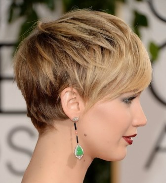 Short Hairstyles For Oval Faces 2018 26