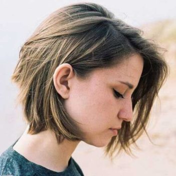 Short Hairstyles For Thick Hair 2018 26