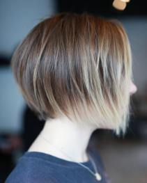 Short Layered Bob Hairstyles 16