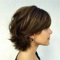 Short Layered Bob Hairstyles 9