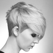 Short Messy Hairstyles 2018 22