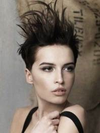 Short Messy Hairstyles 2018 7