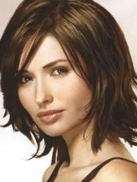 To Medium Length Hairstyles For Thick Hair 2017 With Regard To Short Medium Hairstyles For Thick Hair