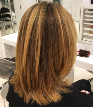 Medium Layered Haircuts 28