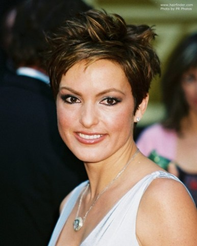 Women Hairstyle Short Choppy Haircuts Mariska Hargitay Wearing A On Short Choppy Haircuts